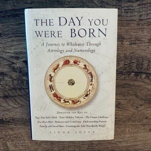 The Day You Were Born Astrology & Numerology Book